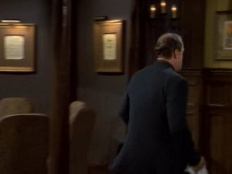Frasier 06x18 : Taps at the Montana- Seriesaddict